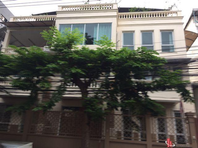 ซอยสภาการเหมืองแร่ ถนนประชาสงเคราะห์